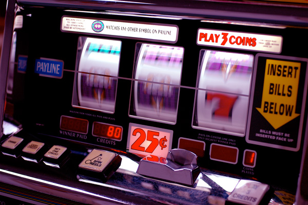 Our Government is addicted to poker machines (via Flickr: Jeff Kubina)